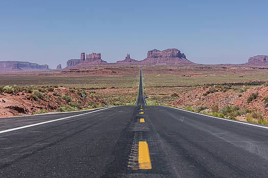 Road to Monument Valley  by John McGraw