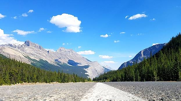 Road to the Mountains by Robert Goulet