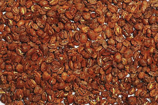 Roasted Coffee Beans by Pekka Liukkonen