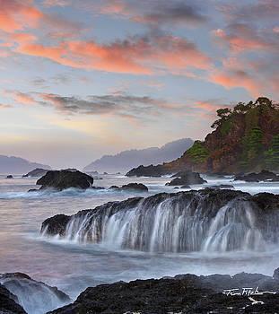 Roca Loca Point by Tim Fitzharris