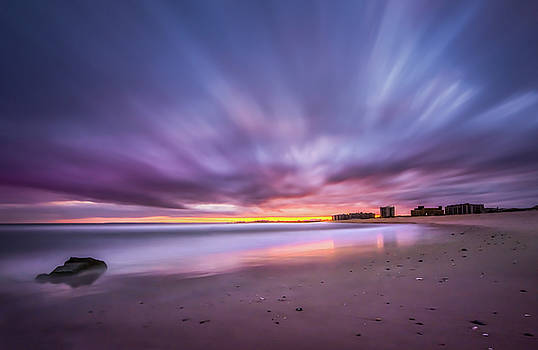 Rockaway Beach by John Randazzo