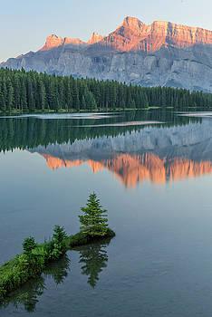 Rockies dawn by Christian Heeb