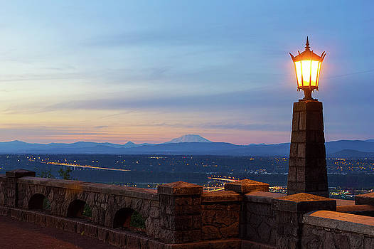 Rocky Butte Viewpoint at Sunset by David Gn