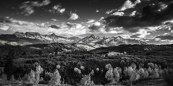 Rocky Mountain Panorama by Andrew Soundarajan