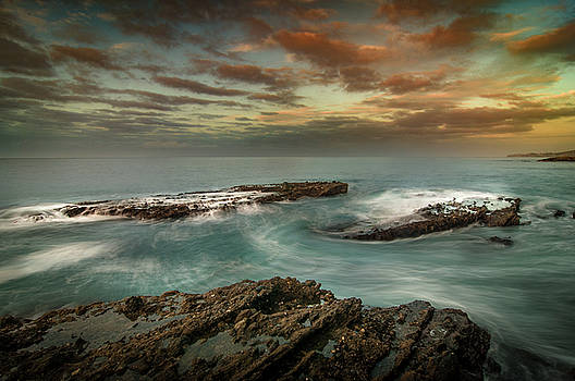 Rocky Shores at Victoria Beach by Ralph Vazquez