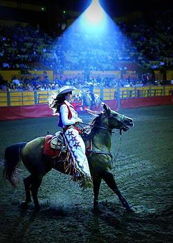 John King - Rodeo Queen in the Spotlight