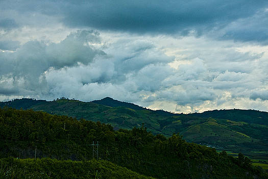 Rolling clouds at Kao Kor by Leo Bello