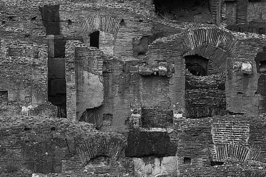 Silvia Bruno - Roman Colosseum BW