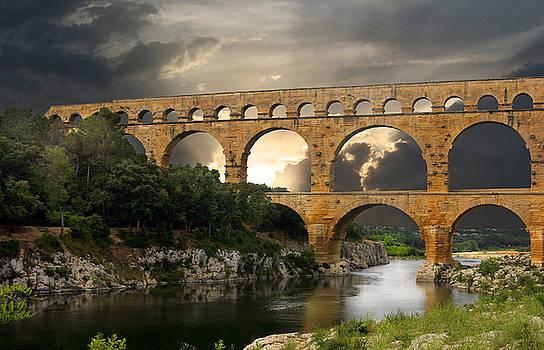 Roman Pont Du Gard by Melvin Kearney