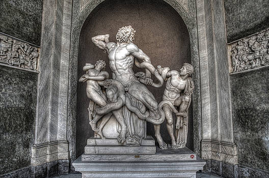 Roman Statue 6 by Miguel Pardo