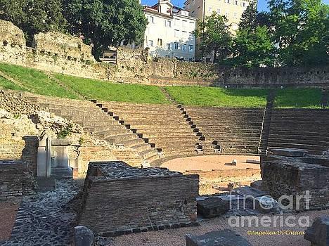 ITALIAN ART - Roman Theater