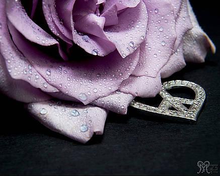 Karen Musick - Rose Love and Peace Tow