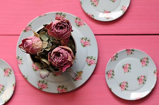 Roses for Tea by Emma Manners
