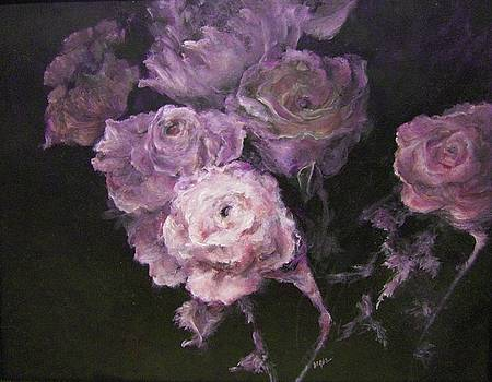 Roses In Mauve by Diane Kraudelt