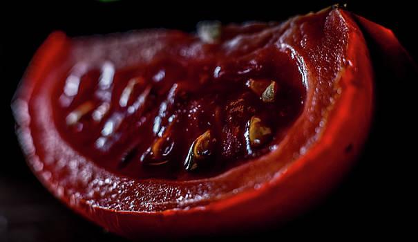 Rotten Tomato by Hyuntae Kim