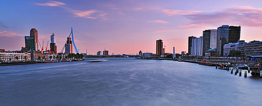 Rotterdam Centraal by Igor Ni
