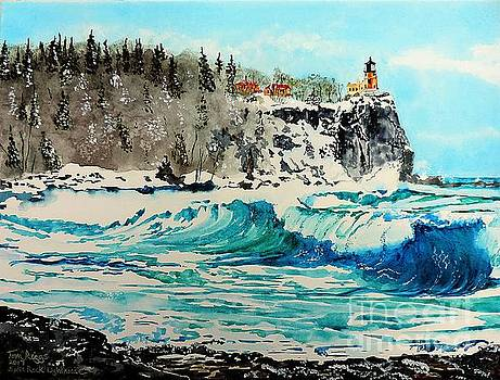 Rough Water at Split Rock by Tom Riggs