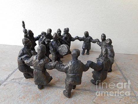 Round dance by Nikola Litchkov