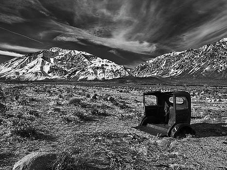 Round Valley Relic Revisited by Chris Morrison