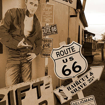 Mike McGlothlen - Route 66 - Signs