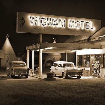 Mike McGlothlen - Route 66 - Wigwam Motel
