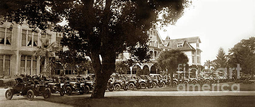 California Views Archives Mr Pat Hathaway Archives - Row of Automobile in front of the Del Monte Hotel Circa 1908