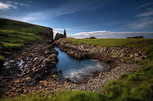 Rubha Hunish rocks by Swen Stroop