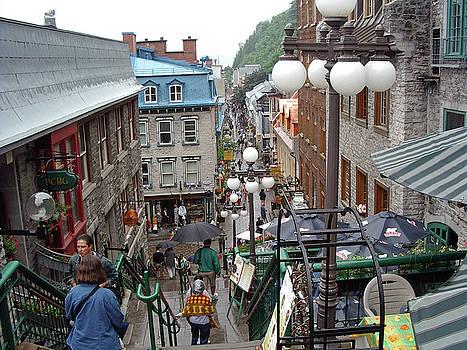 rue du Petit Champlain by John Schneider