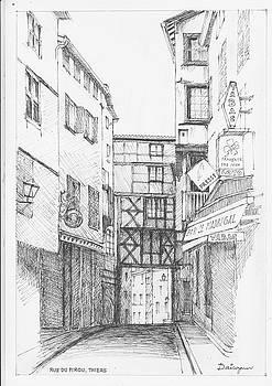 Rue du Pirou in Thiers France by Dai Wynn