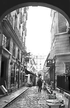 Felipe Adan Lerma - Rue Gregorie De Tours BW
