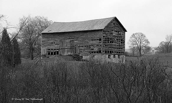 Rugged Old Barn by Larry Van Valkenburgh