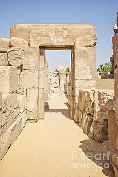 Sophie McAulay - Ruins at temple of Karnak