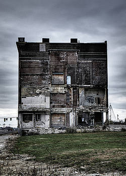 Pevely Building - Run Down Building In Saint Louis City by Dylan Murphy