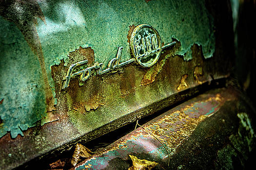 Rusted Ford by Rod Kaye