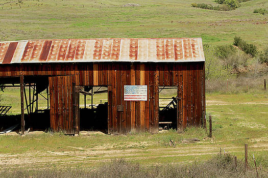Art Block Collections - Rustic Barn with Flag