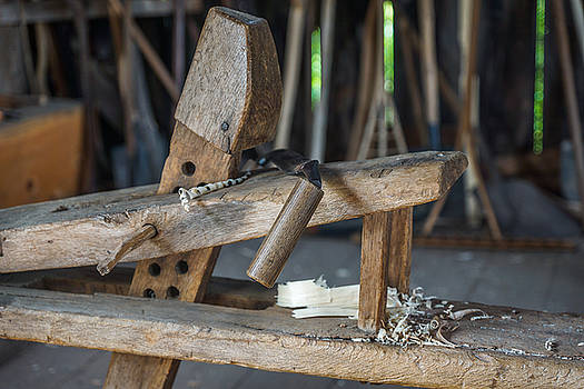 Chris Bordeleau - Rustic Shaving horse and draw knife