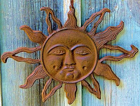 Rustic Sunface by Lisa Gilliam