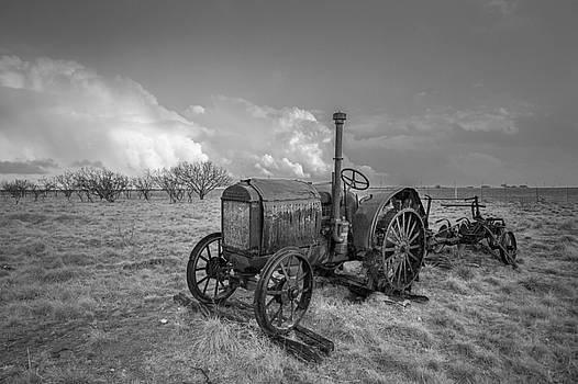 Rustic Tractor by Sean Ramsey