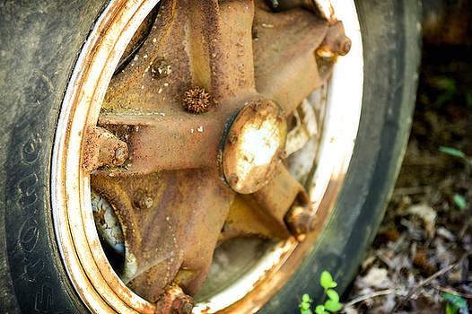 Rusty Bus Wheel by Steve Shockley