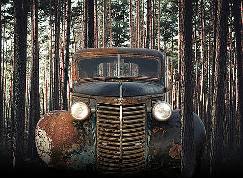 Rusty Chevrolet by Lori Hutchison