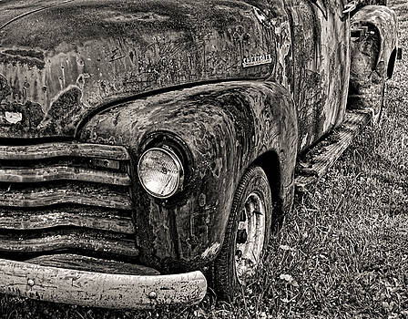 Rusty Chevy pickup by Bill Jonscher