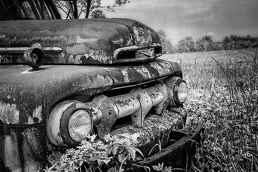 Debra and Dave Vanderlaan - Rusty Ford in the Country Black and White