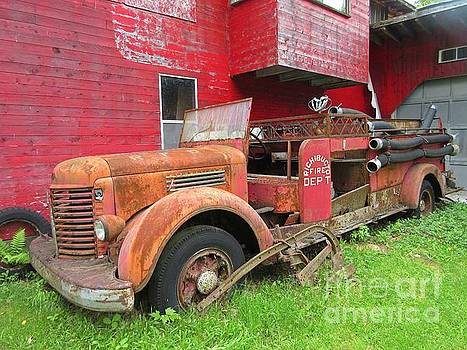 Crystal Loppie - Rusty Old Firetruck