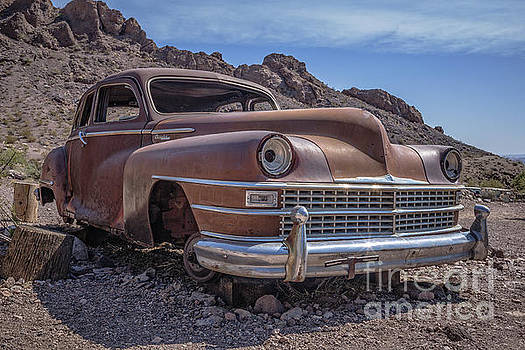 Edward Fielding - Rusty Vintage Chevy Car in the Desert