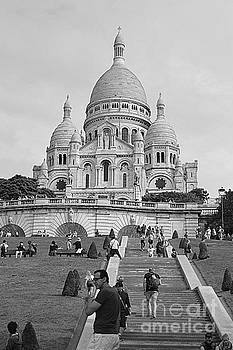 Sacre Coeur by Andy Thompson