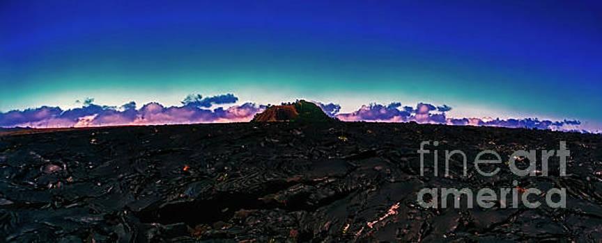 Saddle Road Humuula Lava field big island hawaii 309010039 by Tom Jelen