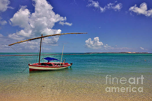 Sailboat at Magaruque by Jeremy Hayden
