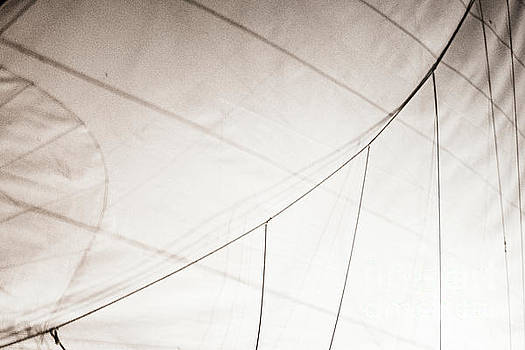 Sailing Details by Hannes Cmarits