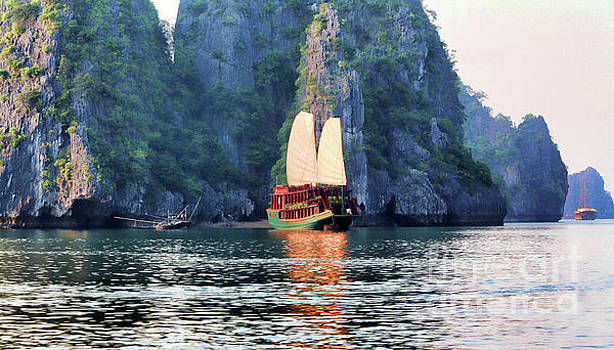 Chuck Kuhn - Sailing on Ha Long Bay Vietnam