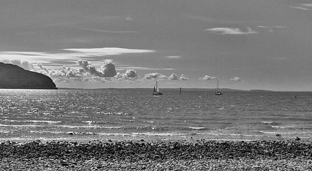 Sailling by Nick Thomas